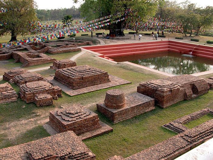 Những thế kỷ về sau, càng ngày Lumbini càng trở nên nổi tiếng và trở thành niềm ao ước và là điểm đến mà những tín đồ Phật Giáo khắp nơi trên thế giới lựa chọn để hành hương về.