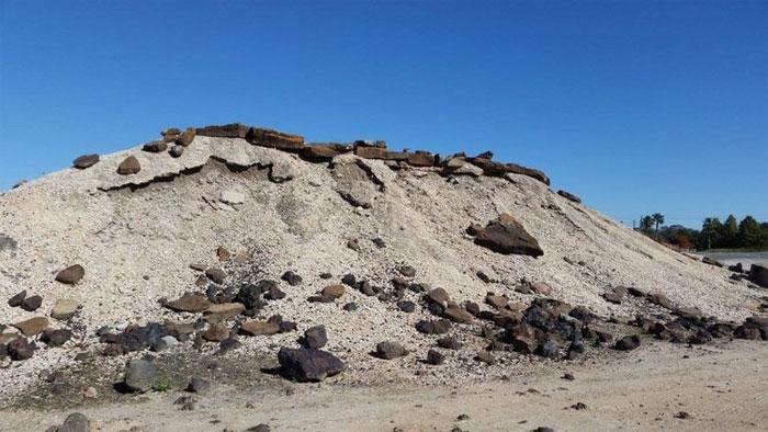 Nơi thử nghiệm này được gọi là Mars Yard vì NASA đã tái hiện lại nó giống như bề mặt Sao Hỏa.