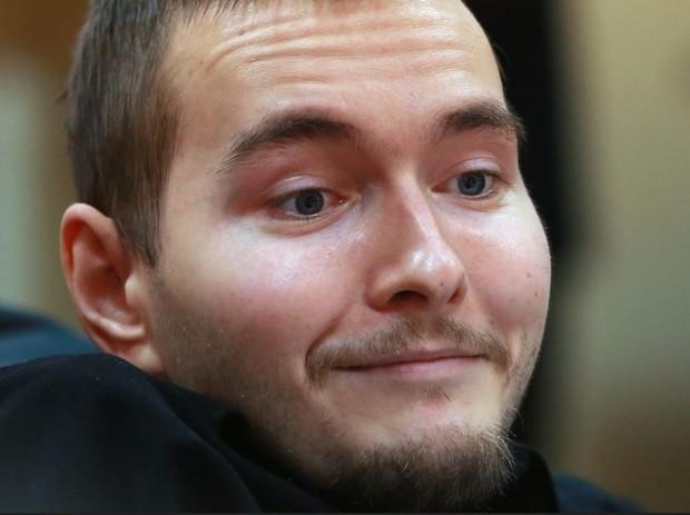 Anh Valery Spiridonov (người Nga, 30 tuổi) tình nguyện tham gia ca ghép đầu người đầu tiên trên thế giới.