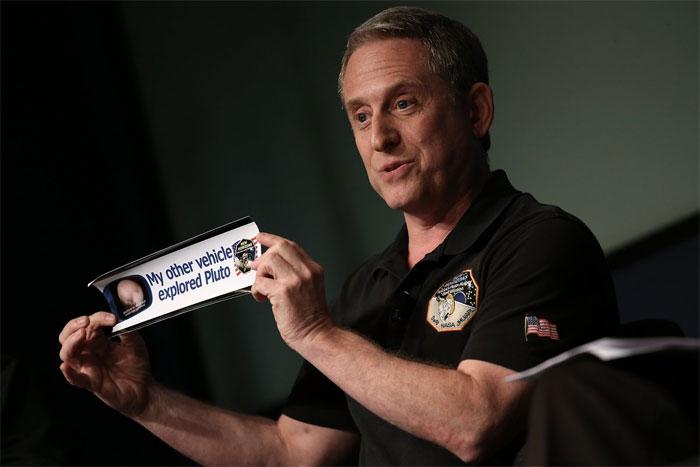 Các nhà khoa học hàng đầu đến từ NASA, bao gồm cả phi hành gia Mark Kelly cũng tham gia nghiên cứu.