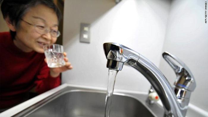 Người Nhật uống nước mỗi sáng như một phương pháp trị liệu.