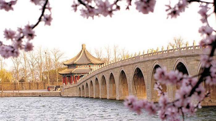 Di Hòa Viên không những là một công viên đẹp mà đây là một kiệt tác về kiến trúc.