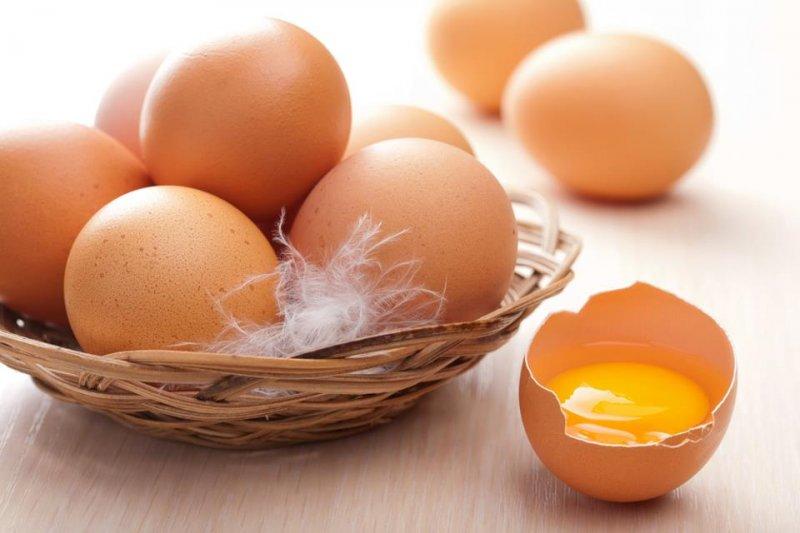 Trứng gà rất tốt nhưng khi bị sốt không nên ăn trứng gà
