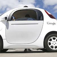 Xe tự hành của Google có thể gây ra tai nạn trong năm 2015 nếu tài xế không can thiệp