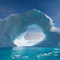 """Hẻm núi vĩ đại nhất thế giới """"trốn"""" dưới băng ở Nam Cực?"""