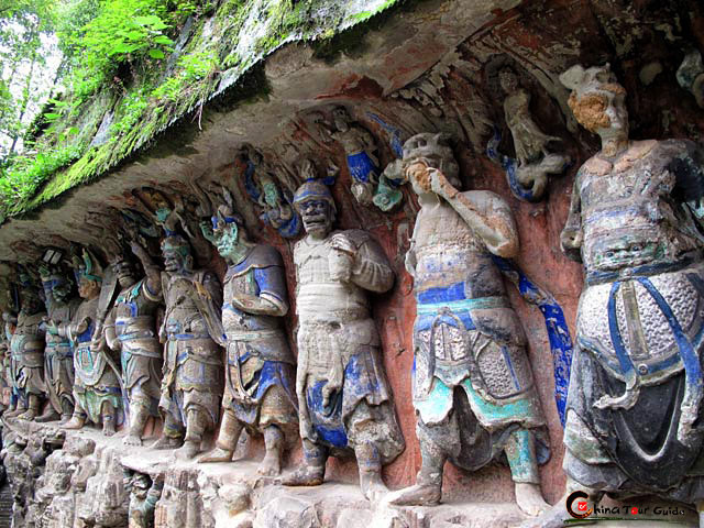Khắc đá Đại Túc đại diện cho nghệ thuật hang đá thế giới có trình độ cao nhất từ thế kỷ 9 đến thế kỷ 13 công nguyên