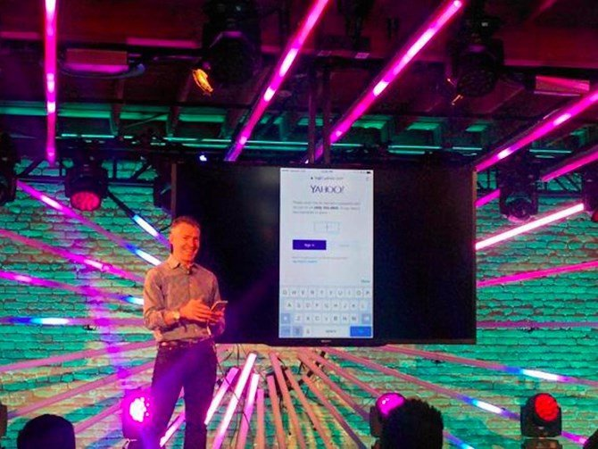 Yahoo điều hành nhiều dịch vụ, vì thế các nhà thiết kế được trả lương cao để giữ cho mọi thứ luôn đẹp nhất.