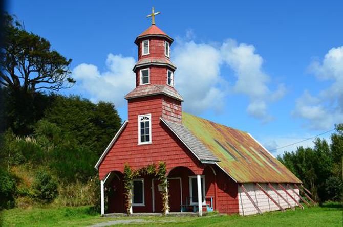 Kết quả của hoạt động truyền giáo trên đảo Chilóe đã được thể hiện qua những công trình nhà thờ trên đảo.
