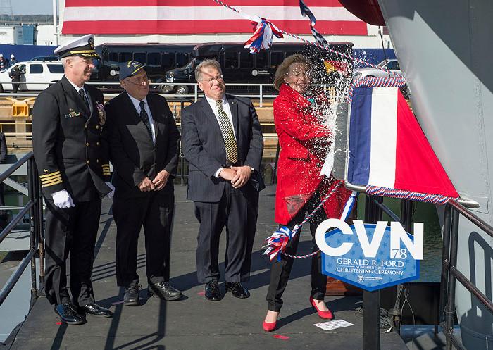 Lễ đặt tên cho tàu CVN-78 Gerald R. Ford diễn ra vào ngày 9 tháng 11 năm 2013.