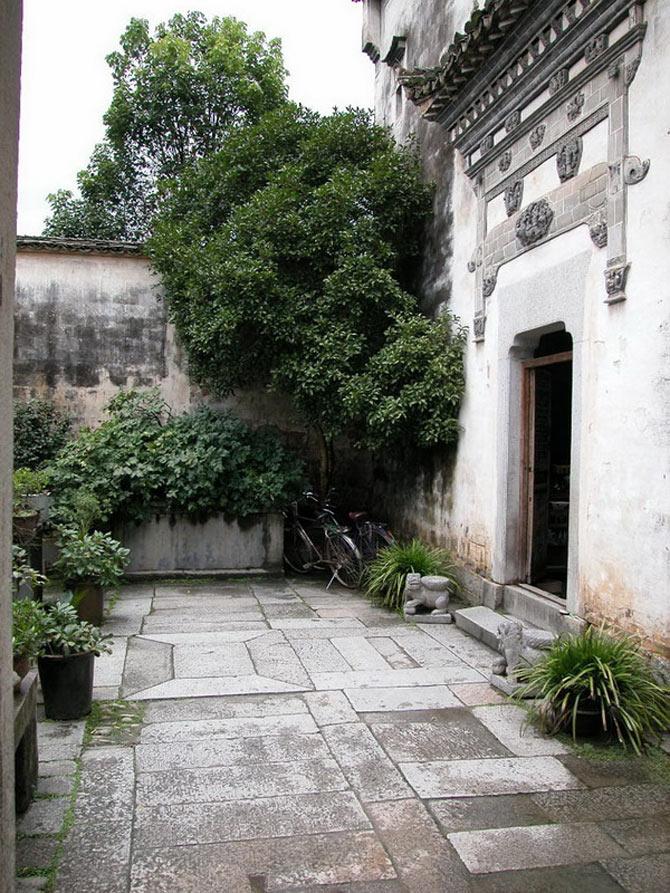 Hiện nay, cảnh quan chung của cả làng cổ này gần như vẫn giữ được nguyên trạng.