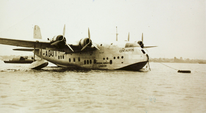Đây là chiếc thủy phi cơ Short C-Class Empire của Imperial Airways.