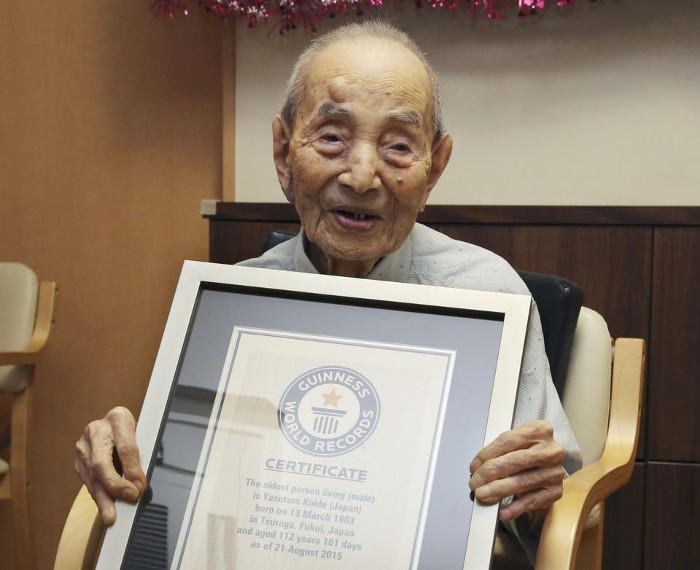 Cụ Koide được trao tặng danh hiệu Người đàn ông cao tuổi nhất thế giới năm ngoái.