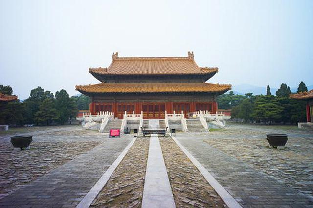 Những công trình trong khu lăng tẩm là bằng chứng nổi bật về truyền thống, văn hóa, kiến trúc của 2  triều đại Trung Quốc