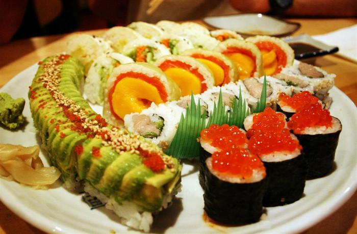 Trong sushi có rất ít protein.