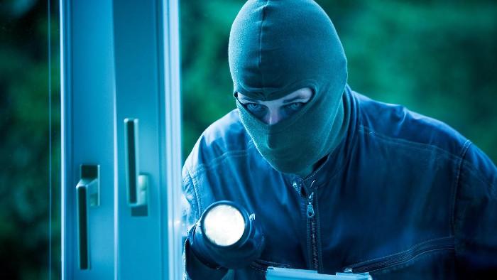 Chính vì thế, cứ đến tháng Chạp, mọi người thường nhắc nhở nhau để ngăn ngừa trộm cắp.