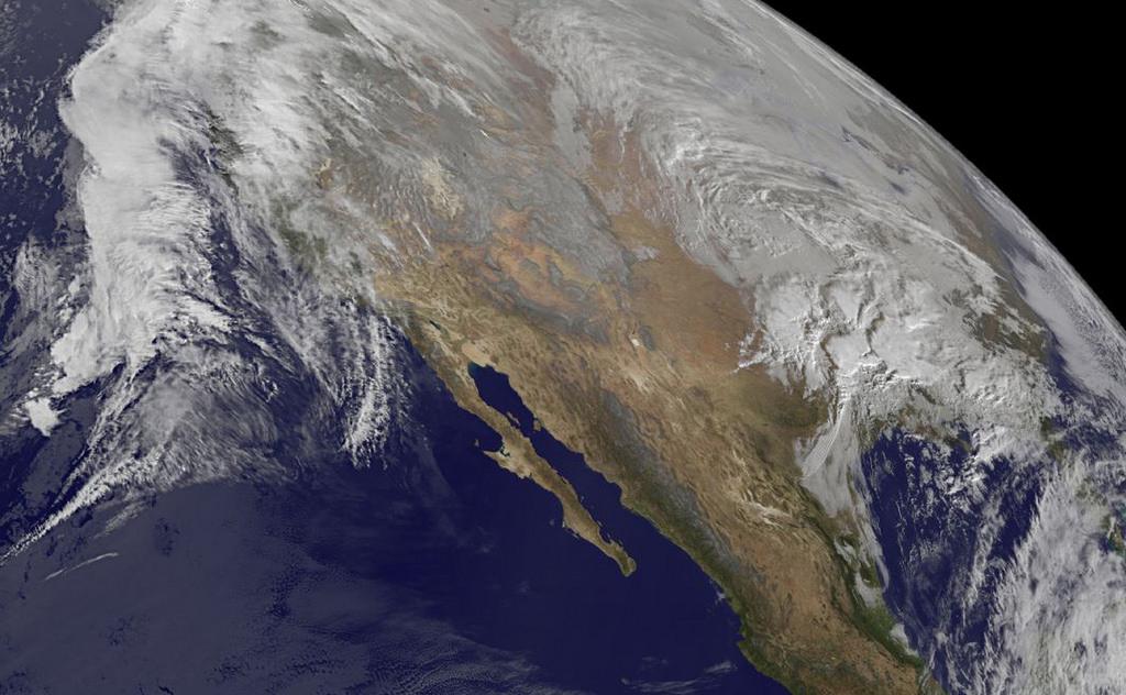 Ảnh vệ tinh cho thấy tuyết phủ trắng khu vực Trung Đại Tây Dương