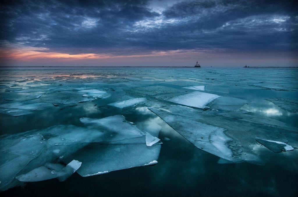 Hồ Michigan ở Chicago, Mỹ.