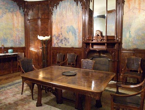 Xu hướng Art Nouveau là một xu hướng mỹ thuật mới do Victor Horta khởi xướng.