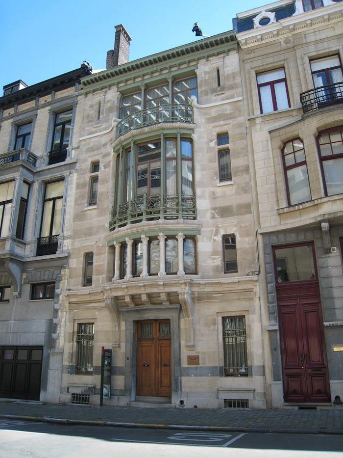 Hotel Tassel là một công trình nhà ở nằm tại số 6 phố Paul-Emile Jansonstraat ở Bruxelles