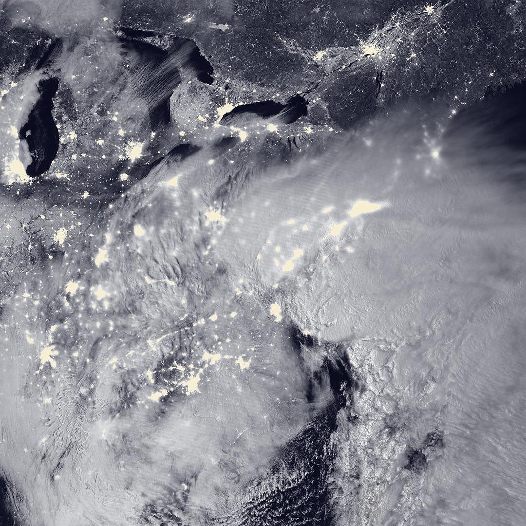 Cơn bão tuyết năm 2016 nhìn từ vệ tinh