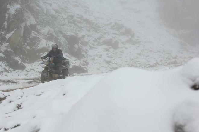 Đặc biệt tại xã biên giới Na Ngoi, Mường Lống tuyết rơi kéo dài nhiều giờ.