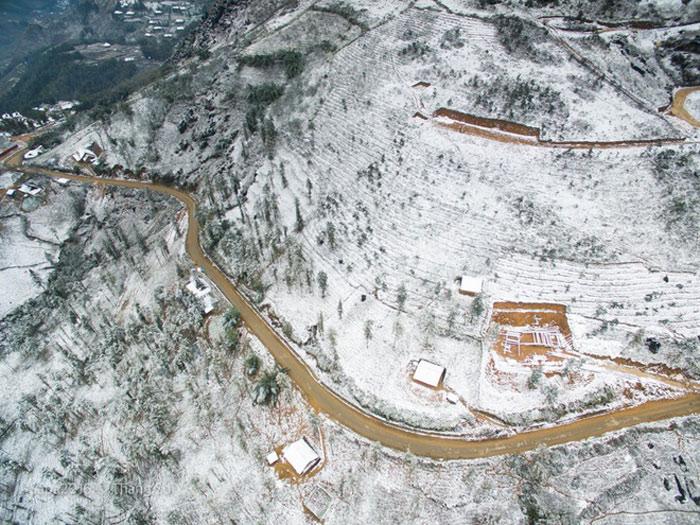 Ngoài Sa Pa, các địa điểm khác của Lào Cai như huyện Bát Xát, Bắc Hà, Si Ma Cai cũng rét đậm, rét hại và có băng tuyết.