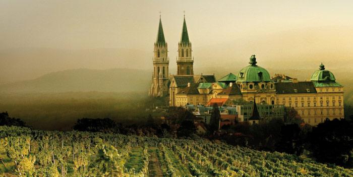 Wachau là tên một thung lũng được sông Danube tạo nên