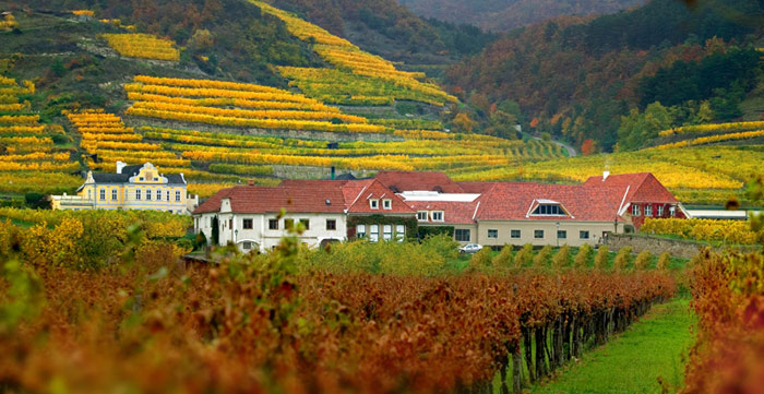 Unesco đã công nhận Cảnh quan văn hóa Wachau của nước Áo là Di sản văn hóa thế giới năm 2000.