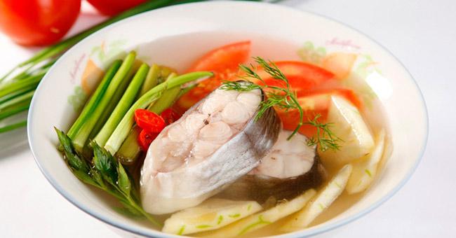 Các chuyên gia tuyên bố rằng những lợi ích từ việc ăn cá dường như vượt xa các nguy cơ.