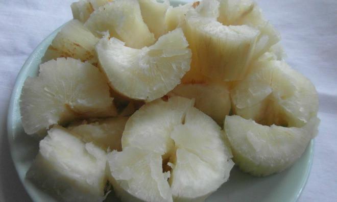 Trong củ sắn (khoai mì) có nhiều độc tố dễ gây ngộ độc nếu không chế biến đúng cách.