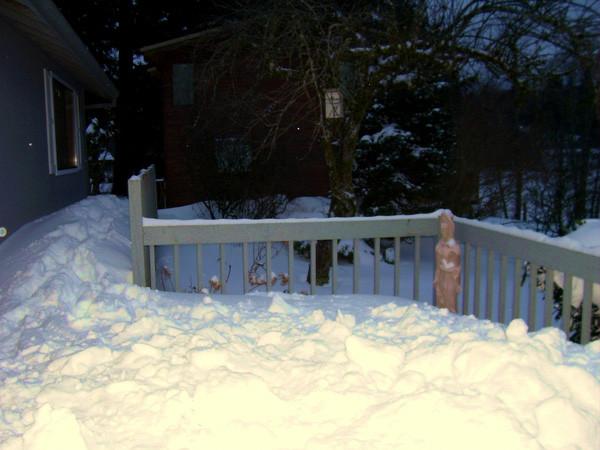 Tuyết ở đây ở mùa rơi dày nhất có thể lên đến tận 1,6m.