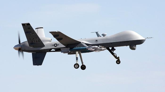 Công ước quốc tế vẫn chưa thực sự kiểm soát được quá trình phát triển và sử dụng các loại robot, vũ khí tự hành.