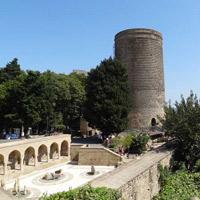Thành cổ BaKu, Cung điện Shirvanshah và tháp Maiden