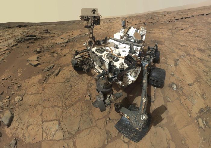 Khối lượng của sao Hỏa bằng 0,107 lần Trái Đất.