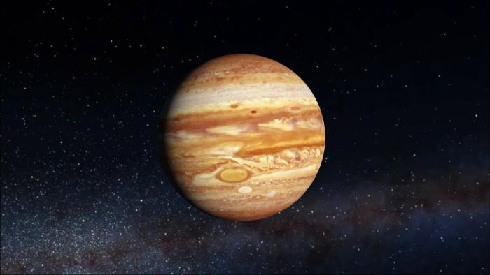 Khối lượng sao Mộc là 1,8986.1027kg, tương đương 317,8 lần Trái Đất.