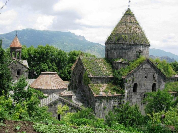 Sanahin là 1 làng ở phía bắc vùng Lorri của Armenia