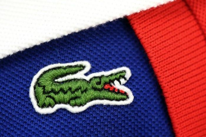 """Hình ảnh chú cá sấu trở thành biểu tượng sau này của hãng có căn nguyên từ việc các thành viên của đội tuyển Pháp gọi Lacoste là """"Chú cá sấu""""."""