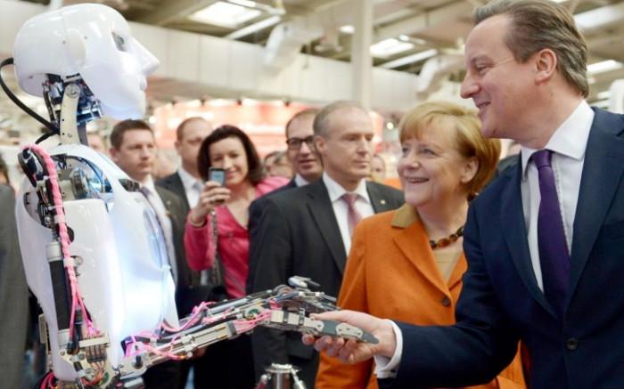 Robot sẽ càng ngày càng giống con người và thay thế con người trong hầu hết các công việc.