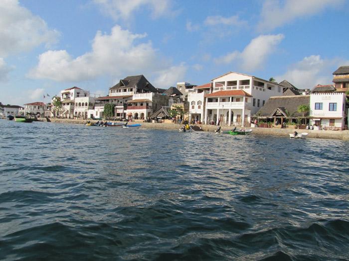 Thành phố Lamu nằm trên bờ biển phía đông của châu Phi