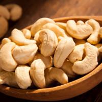 Lợi ích và tác hại của 3 loại hạt được ăn nhiều trong ngày Tết