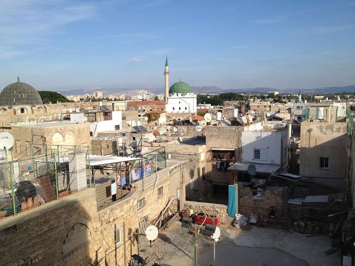 Thành cổ có diện tích 13,533 km2 với dân số 46.000 người.