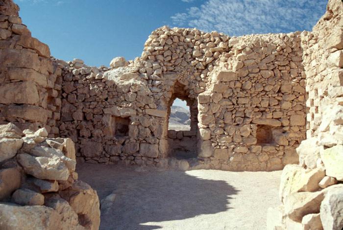 Một số kiến trúc còn lại của pháo đài