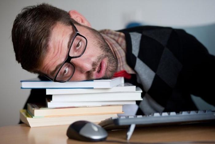 """Cái nút """"tuyệt vời"""" này còn làm giảm chất lượng giấc ngủ của chúng ta."""