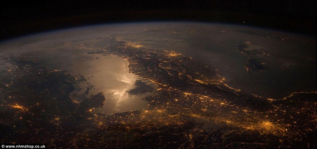 Bức hình tuyệt đẹp chụp Trái đất từ Trạm vũ trụ Quốc tế ISS.