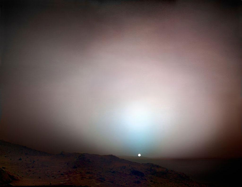 Cảnh hoàng hôn trên sao Hỏa
