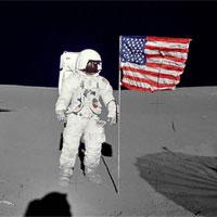 Người thứ 6 đi bộ trên Mặt trăng qua đời