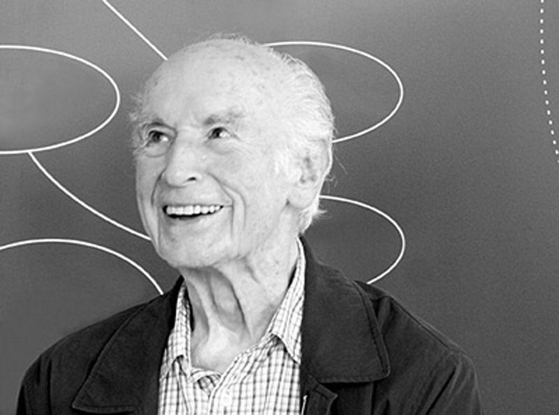 Albert Hofmann là người đầu tiên tổng hợp ra chất gây ảo giác cực mạnh: Diethylamide axit lysergic (LSD).