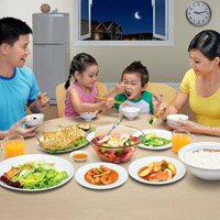 5 điều tuyệt đối không nên làm trong khi ăn