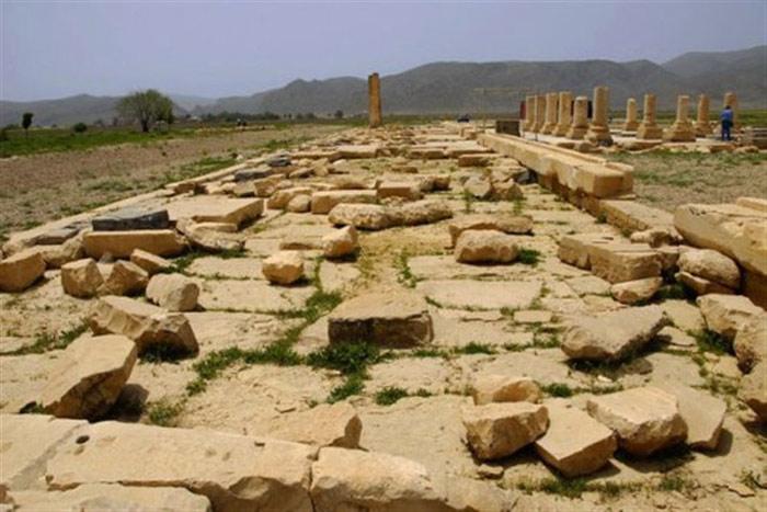 Unesco đã công nhận Di tích Pasargadae của Iran là Di sản văn hóa năm 2004.