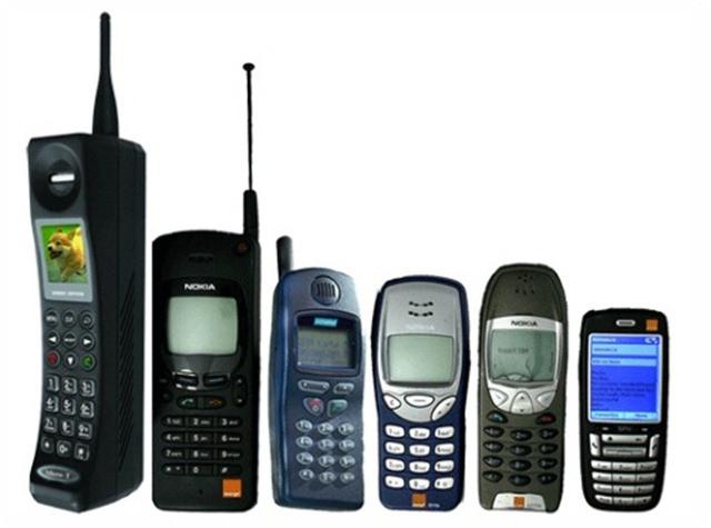 Điện thoại đã thành vật dụng không thể thiếu trong cuộc sống ngày nay.